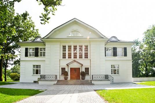 """Die """"Villa im Heine-Park"""" auf N3"""