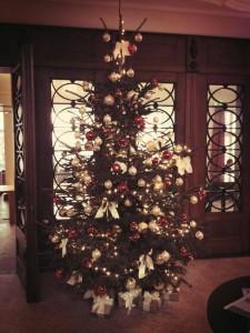 Weihnachtsbaum, geschmückt von Montblanc