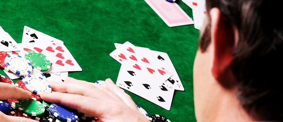 Chartity Poker -Metzelder